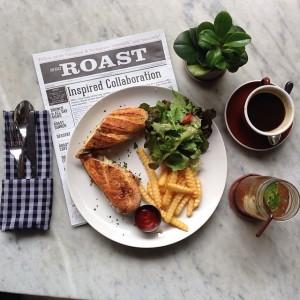 Cubano Sandwich, Hot Americano, and Roast Iced Tea at the Roast Coffee & Eatery at Seenspace Bangkok near the Thonglor BTS station