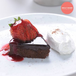 Flourless Chocolate Cake served at the Greyhound Café at the J Avenue Bangkok, near the Thonglor BTS station