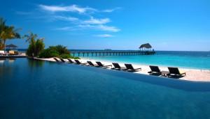 amari havodda maldives swimming-pool-1