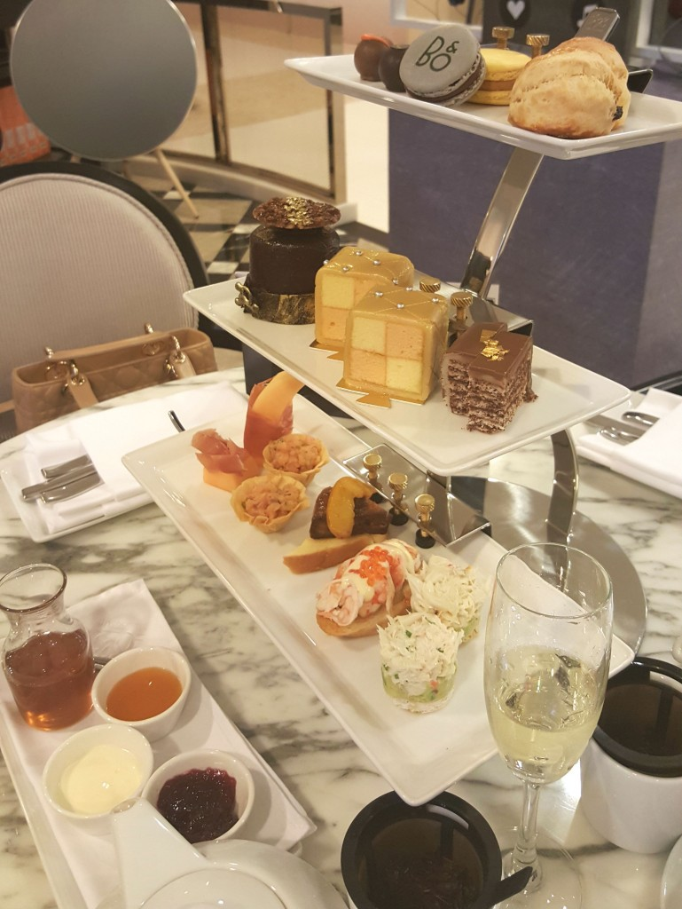 Afternoon Tea set at 1823 Tea Lounge by Ronnefeldt