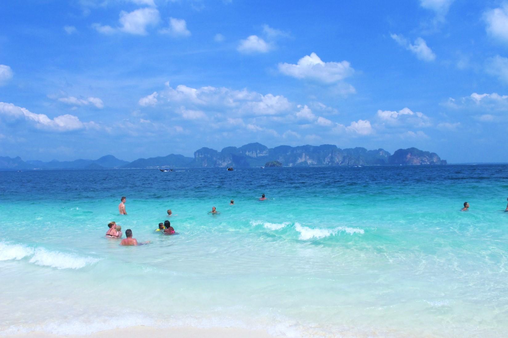 甲米跳岛游:让人流连忘返的四岛一日游