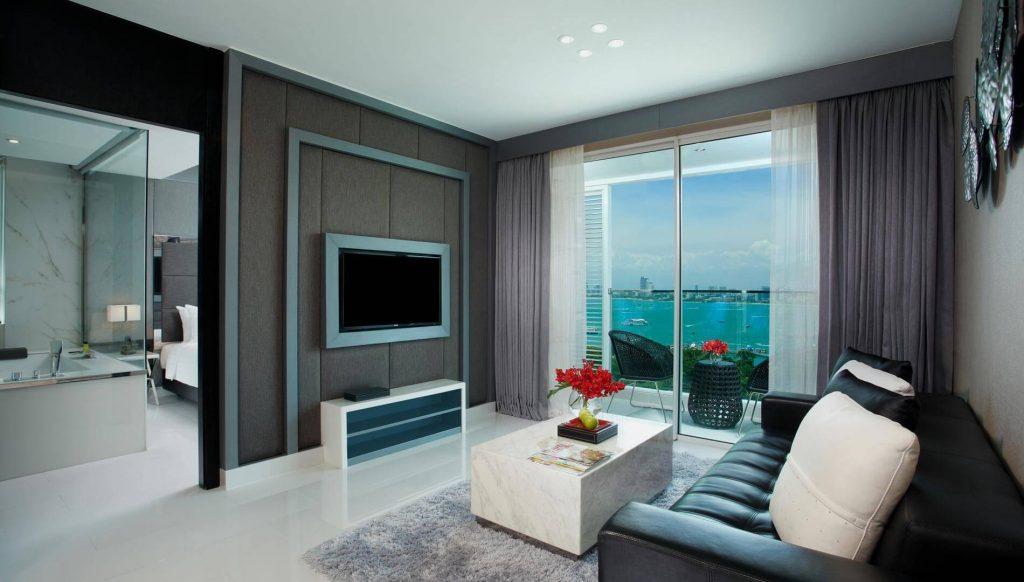 One Bedroom Corner Suite Ocean Facing