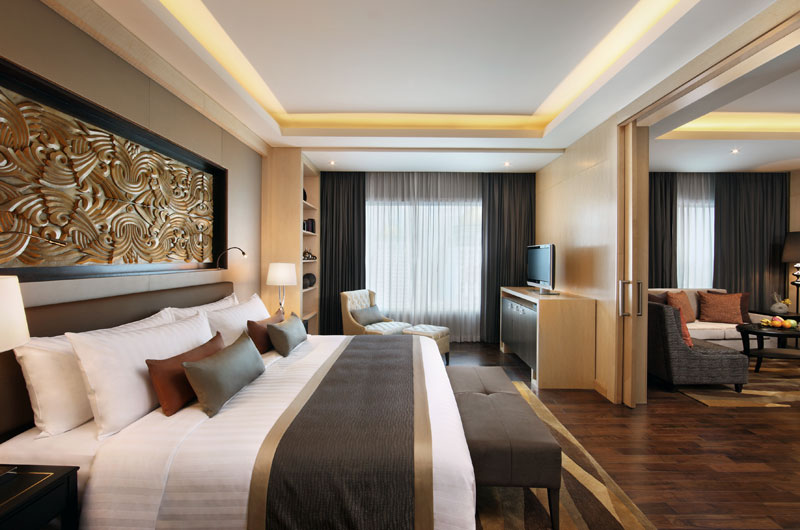 Master Bedroom of Executive Suite at Amari Watergate Bangkok