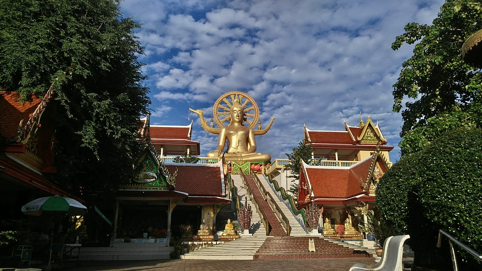 4 Temples Worth Visiting on Koh Samui